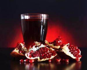 granatovyue-kostochki-sok